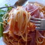 アンジェロ ピノ - イタリア産生ハムとモッツアレラチーズのトマトソース ¥850