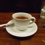 つきよみ - 紅茶はぬるくて残念。
