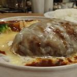エアーフラッシュ - チーズ煮込みハンバーグ 赤味噌ソース