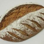 23658403 - 全粒粉100%のパン《プレーン》(\280、2013年12月)