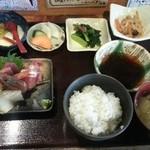 23663410 - これにホタテ焼きと天ぷらが加わるスペシャルランチ