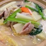 ラーメン太郎 - 鶏野菜湯豆腐(1/16追加)