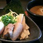 23664358 - 濃厚つけ麺