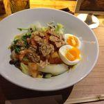 23667236 - ベジ麺ホットサラダうどん(麺:紫いも)