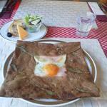 Cafe BIGOUDENE - ガレット&前菜