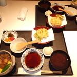 23678040 - 昼のおすすめ 寒の旬料理 釜めしと茶碗蒸し 1365円 2人分 【 2014年1月 】
