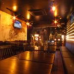 キューズカンパニー - 暖色照明で灯されたオシャレな空間はデート、女子会、宴会、2軒目使いに◎