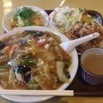 中華飯店青葉 - 日替りサービスランチ(740円)