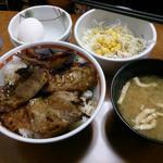 東京チカラめし - 焼き牛丼(並) サラダ玉子セット   470円