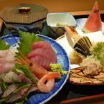 新造屋 - 刺身・天ぷら定食