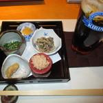 Hamachou - 2014・お通し&生ビール(ハーフ&ハーフ)