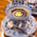 若松 - コーヒーに映った~