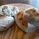 手づくりや - フォカッチャ(\200)とピーナッツパン(\230)