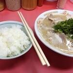 ごん太 - チャーシューメン(800円)+ご飯(150円)