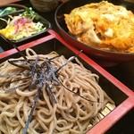 いづも庵 - カツ丼定食 950円