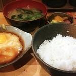 彩華 - とろろご飯と味噌汁