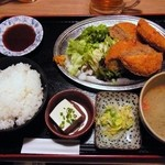 うみブタ - メンチカツ定食¥500