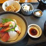 旬菜 さい藤 - 海鮮丼