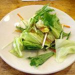 翠鮮楼 - 「豚の脚肉炒め定食(日替り)」サラダ