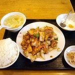 翠鮮楼 - 「揚げ豆腐炒め定食(日替り)」650円