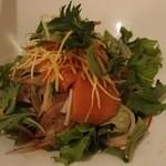 中国料理 桃翠 - サーモンのお刺身サラダマスタード風味。