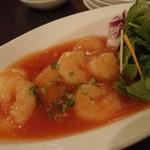 中国料理 桃翠 - 海老のチリソース煮。