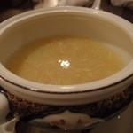 中国料理 桃翠 - とうもろこしの甘みいっぱいコーンスープ。