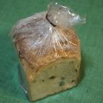 23725895 - レーズン食パン
