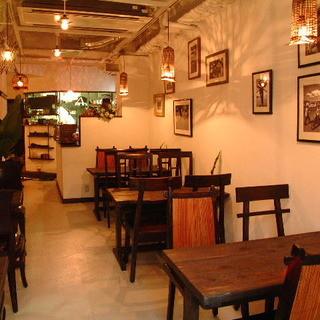 なぜかホッとするリラックス時間が流れるアジアンカフェ
