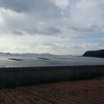 海宝 - 窓際の席から見える海