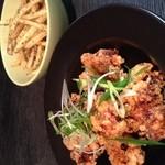 Cham - 極旨鶏の唐揚げと、フライドポテト!