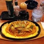 とむ - 鉄板「スパゲッティー」750円
