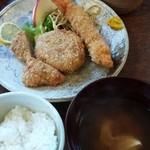 ふらい屋 杣 - ミックスフライセット(ヒレカツ・コロッケ・エビフライ)  800円