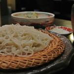 手打ちそば やま賀 - 料理写真:季節限定メニュー 「牡蠣の天ぷらせいろ」