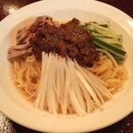 中華家族 - ジャジャン麺