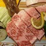ステーキハウス 村岡 - 料理写真:質の良さをぜひ味わってください!