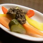 バル マル エスパーニャ - お野菜のパリパリ浅漬け