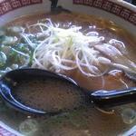 23745357 - 醤油ラー麺(680円)