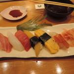栄寿し総本店和栗 - 料理写真:桜にぎり