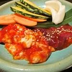 福寿 - 追加注文のホルモン、レバー、野菜焼き