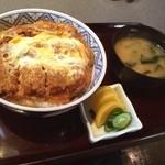 さか本 そば店 - 料理写真:カツ丼