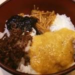 富ちゃん - とろろ、佃煮、海苔、ナメタケなど、ご飯のおかずも充実♪