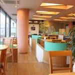 cafe Verde - 片面が全面ガラス張りで解放感抜群!2階にあるのでプライバシー面でも安心♪