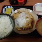 お食事処ときわ - かつ煮定食 550円