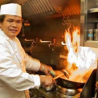 本場の料理人が作るタイ料理!