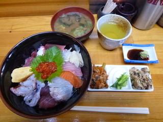達 - 海鮮丼¥500