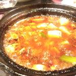 蘭蘭酒家 - 名物 土鍋入り四川麻婆豆腐
