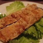 月苑飯店 - 鶏もも肉の薬味ソース。