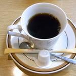 きないや - ランチタイムはホットコーヒーがサービス♪