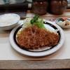 やす平 - 料理写真:ロースかつ定食1260円